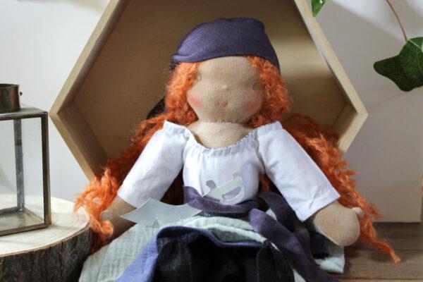 Poupée Waldorf Pirate - Roxane la Rousse