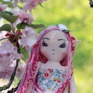 Poupée Nymphe des fleurs