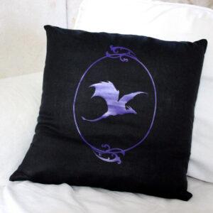 Coussin dragon violet